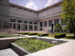 art-museum-courtyard